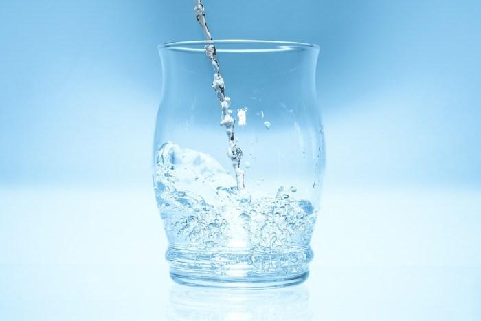 Blague 1er avril: verre d'eau