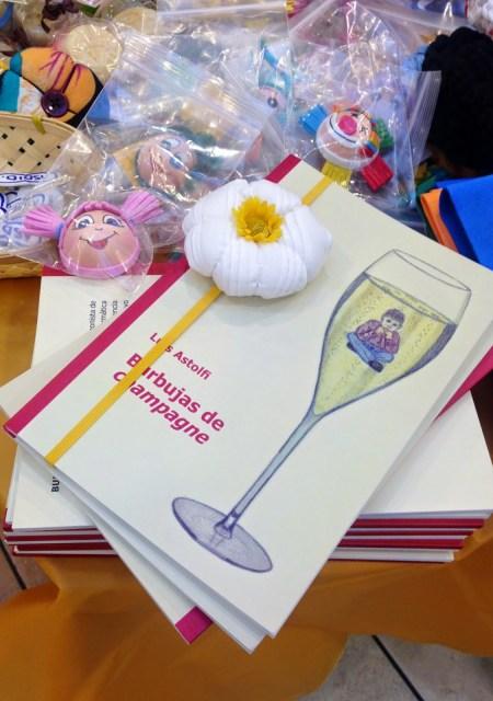 """""""Burbujas de Champagne"""" en su presentación. Fuente: Luis Astolfi"""