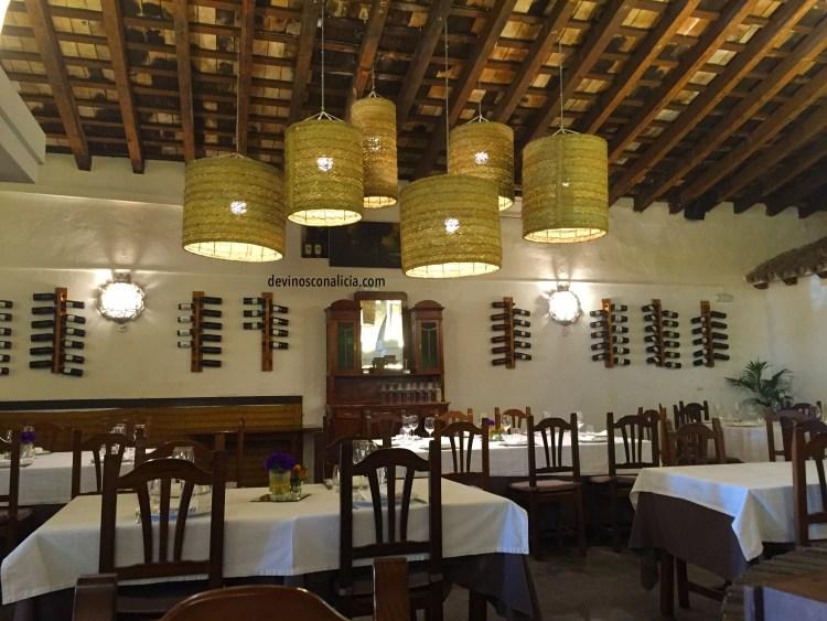 Restaurante La Carboná. Copyright: devinosconalicia.com