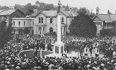 Postcard view of the unveiling ceremony in 1922.