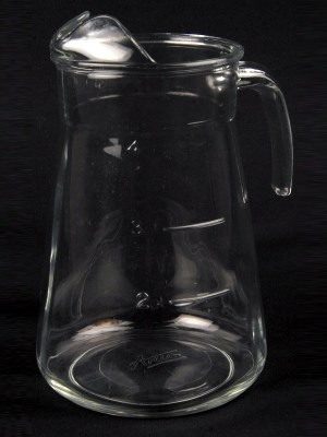 GLASS WATER JUG (large) - 3 to 4 pint