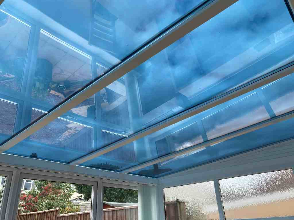 AV Dual 09 Conservatory Glare Reduction