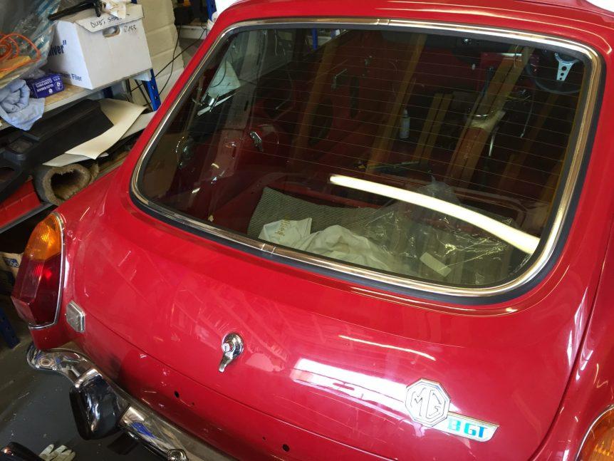 MGB GT Rear Windscreen Rubber