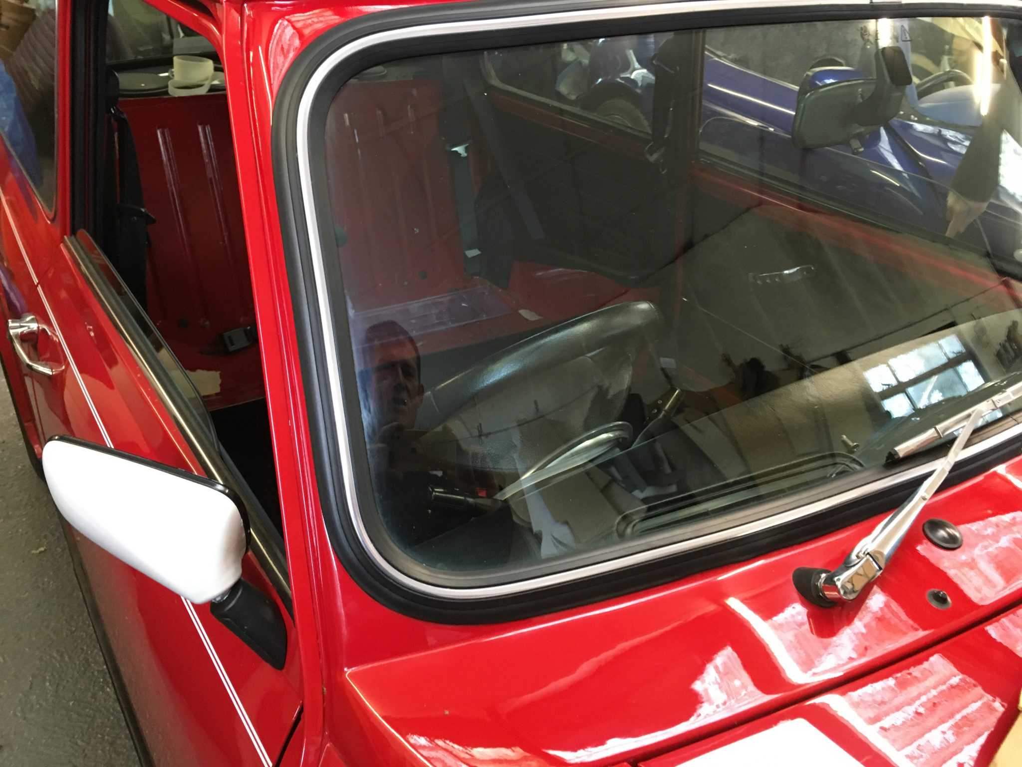 rover mini windscreen