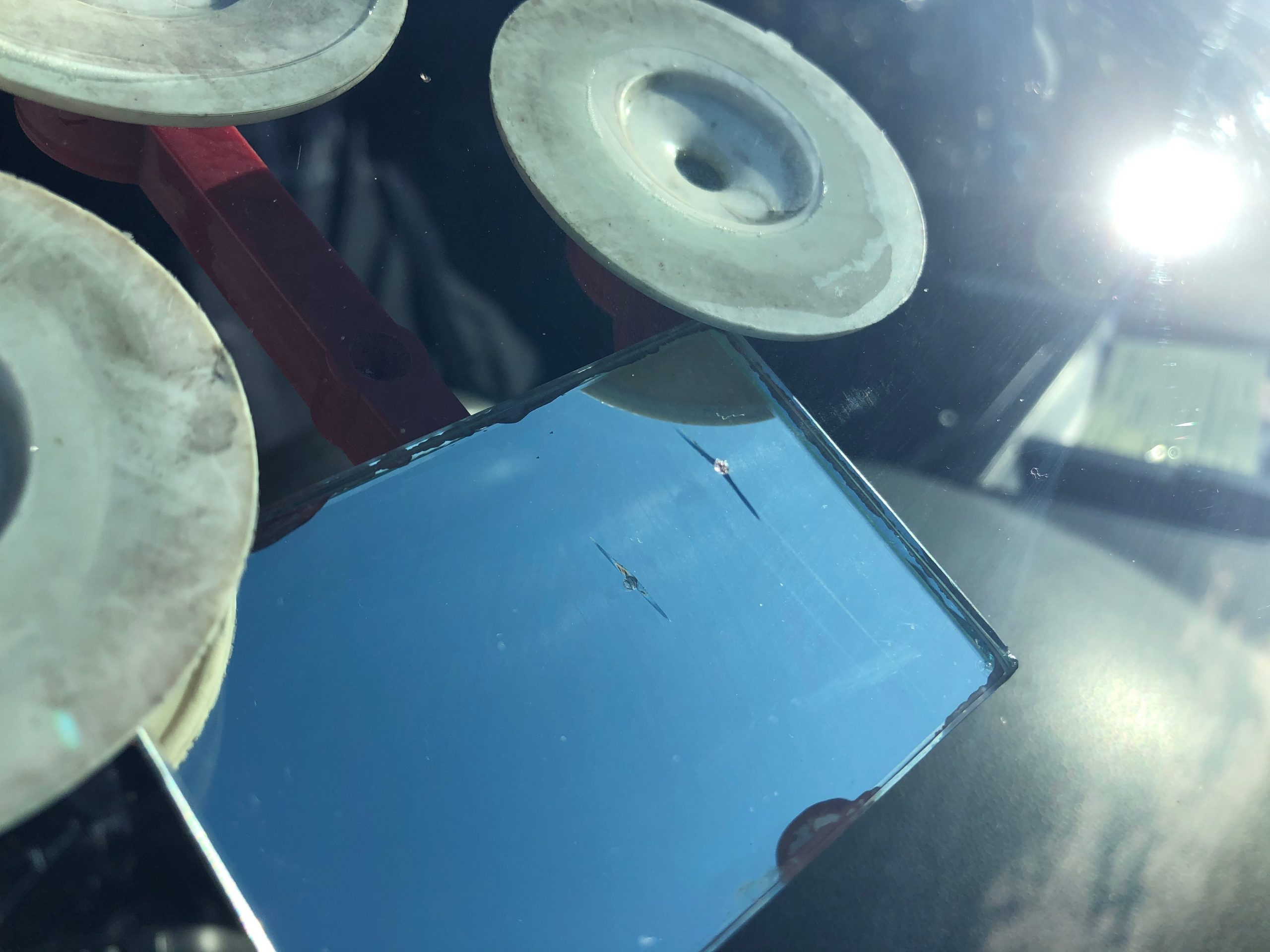 VW T5 Windscreen Crack