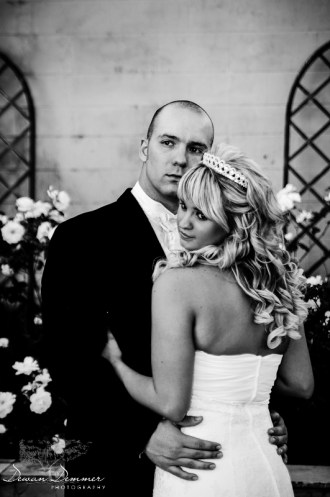 Wedding-Couple-portrait-BW-DewanDemmer.com-41