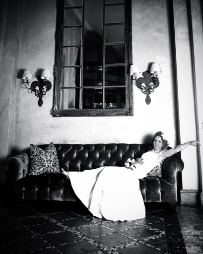 Black and White bridal portrai