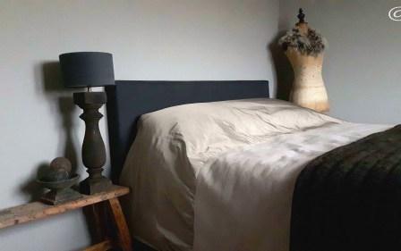 slaapkamer sober landelijk