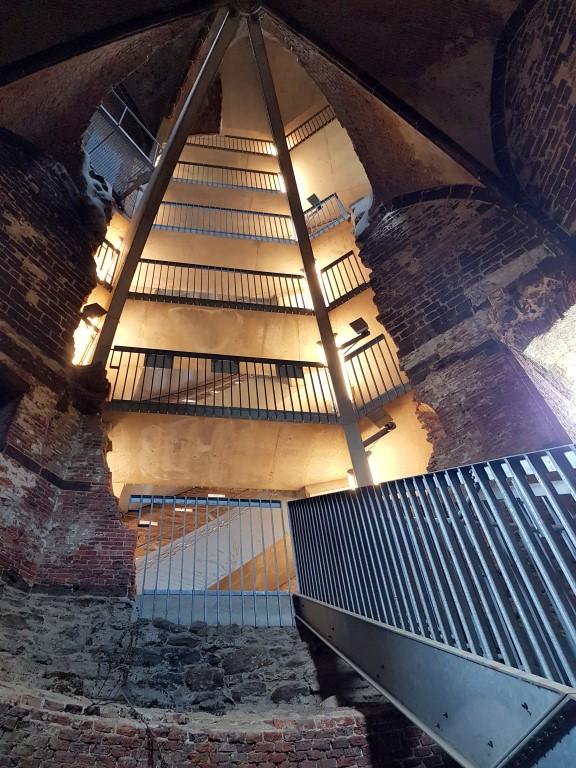 Maagdentoren binnenin (Zichem)