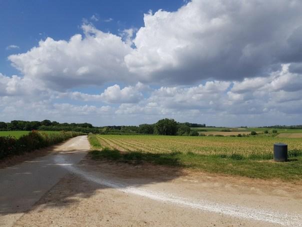 Mene-  en Jordaanwandeling : landelijke wegen, voornamelijk onverhard.