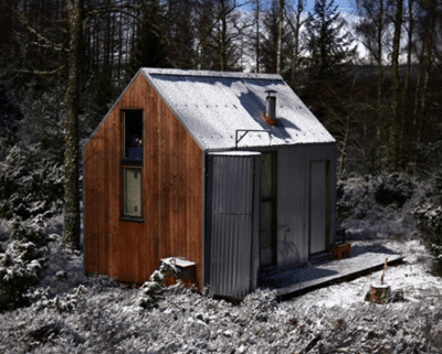 A shed in the frost woods