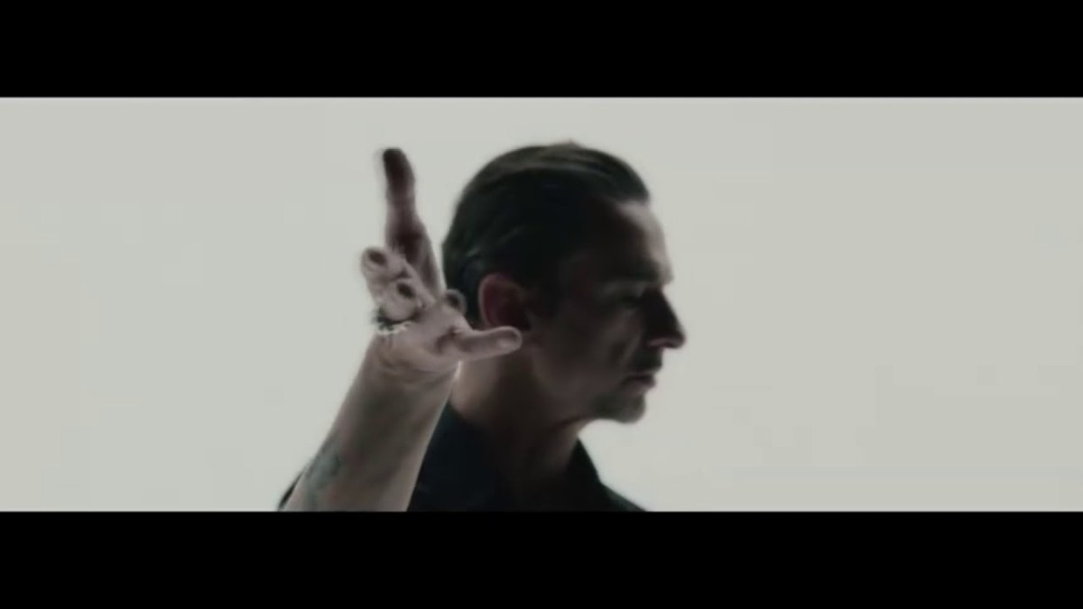 Goldfrapp team up with Depeche Mode's Dave Gahan for 'Ocean'
