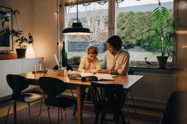 Best 10 Tips For Parents To Encourage Their Children To Read