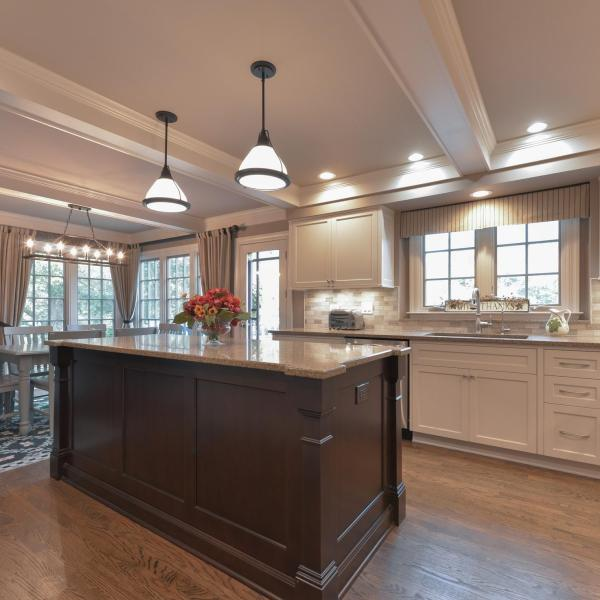 The original footprint of this Barrington IL kitchen design was preserved in the remodeling process. We began the renovation with a Kitchen Design Consultation.