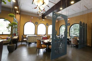 The Most Epic List Of Celebrity Restaurants In Town, No True Delhite Can Miss Out On!!