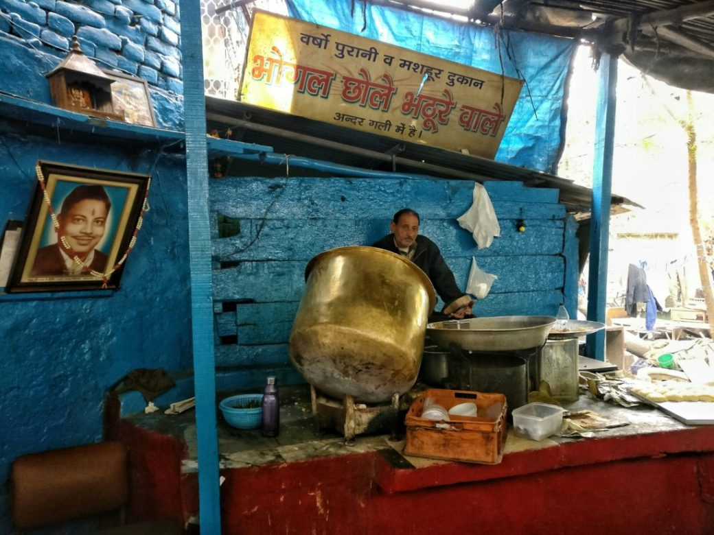 Forget Chache Di Hatti! This Place Serves THE Best Chole Bhature In Town!!