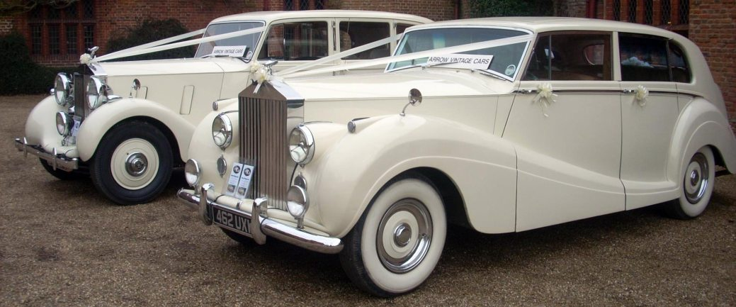 Get Off The Ghodi And Rent Vintage Luxury Cars For Your Grand Wedding Entrance