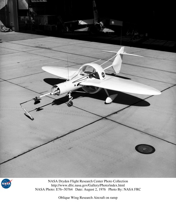 Oblique Wing Research Aircraft 2400x2881 MachinePorn