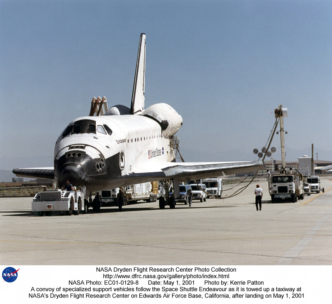 Sts 100 Ec01 8 A Convoy Of Specialized Support