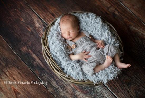Komplett verschlafen – Doreen Gesuato – Fotografin für Neugeborene rund um Wertheim
