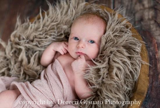 kleine Grinsebacke – Doreen Gesuato – Fotografin für Neugeborenen rund um Wertheim