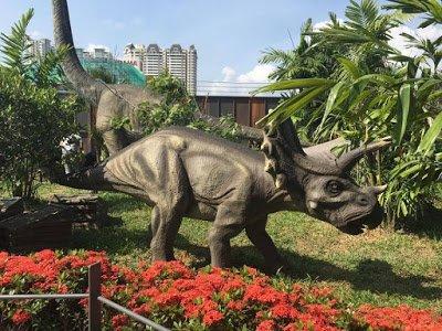 侏罗纪研究中心在槟城KOMTAR