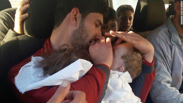 叙利亚西遭化学攻击,他的妻子,龙凤胎和25个亲戚全死亡!