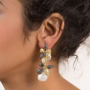 Fashionable Statement Jewellery Pieces Every Woman Should Claim