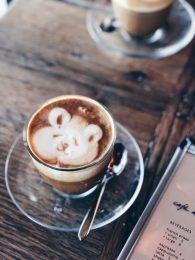 Latte art at Cafe No Sé
