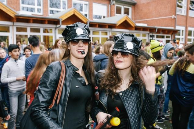 """Der Jahrgang 12 des Gymnasiums am Wall Verden feiert am 11.11.2015 den traditionellen """"Chaostag am GaW"""""""