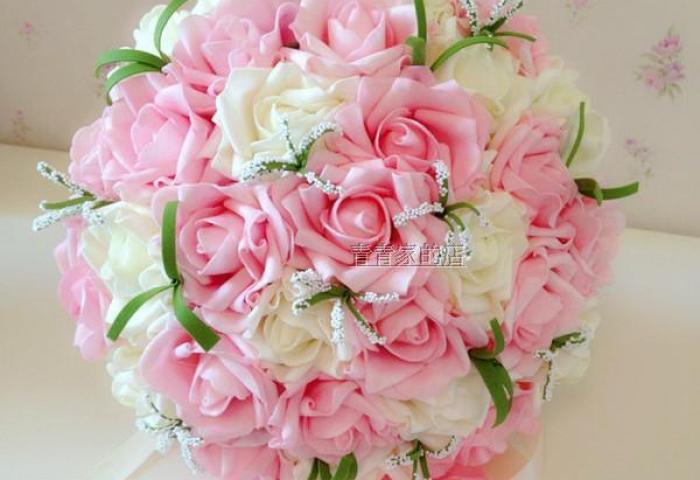 Cheap In Store Wedding Favors Hand Holding Flowers Artificial Roses