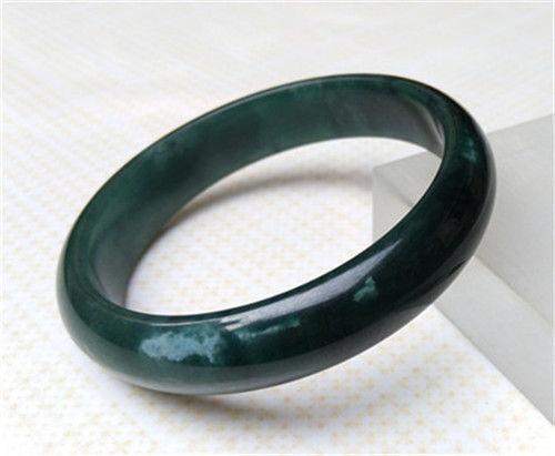 っNew Beautiful 100% Natural Green Grade Beautiful Jadeite Jade