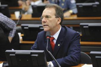 Anfitrião do encontro, o deputado Décio Lima afirmou que fusão seria mais prática. Foto: Lucio Bernardo JR/Câ mara Federal