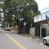 Moradores reclamam de assaltos frequentes na rua Oriente Monti, Foto: Eberly Laurindo