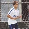 Jadson saiu lesionado no início do segundo tempo da partida contra o São Paulo. Foto: Arquivo