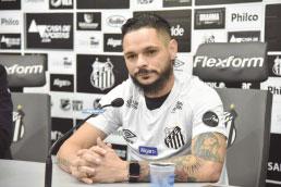 De volta à Vila Belmiro, lateral Pará promete repetir conquistas da 1ª passagem no Santos