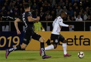 Corinthians só empata com Del Valle e está fora da Copa Sul-Americana