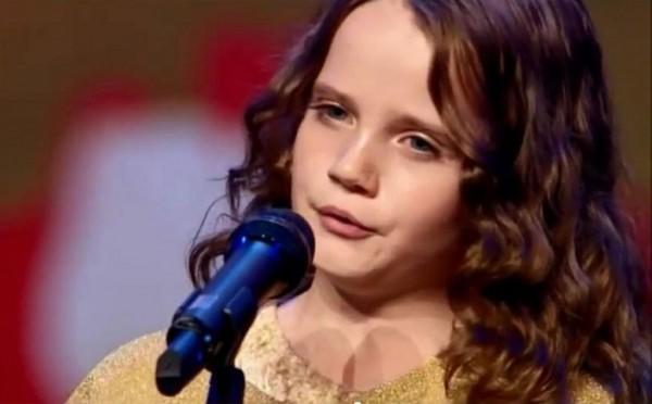 diaforetiko.gr : 526f98b59af5d0b51b000007 600x372 9χρονο κοριτσάκι με απίστευτο ταλέντο ξετρελαίνει το YouTube! (βίντεο)