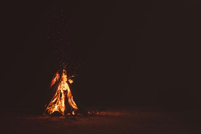 Las hogueras de San Juan tienen su origen en el culto al Sol