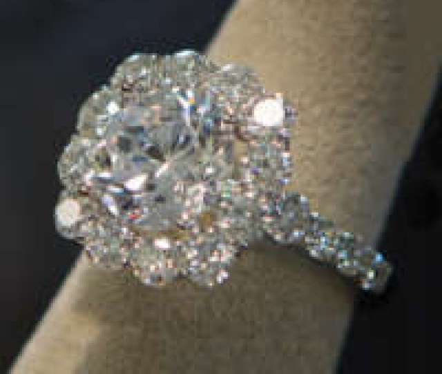 Expert Design And On Site Jewelry Repair Services In Novi Michigan Jewelers Since 1902 We Are Family Owned And Operated Visit Our Local Showroom