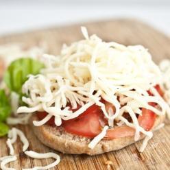 pizza-margherita-breakfast-recipe
