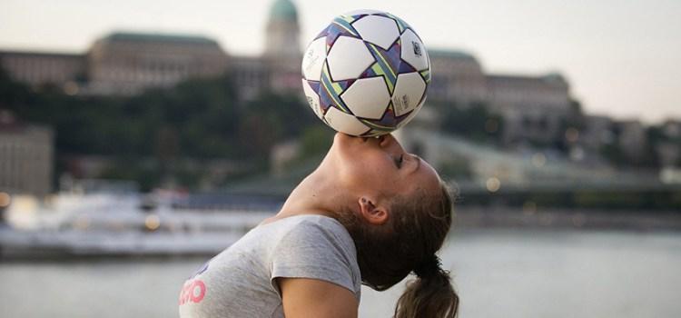 Kitti Szász: Fotbalul freestyle a devenit viața mea/A freestyle foci lett az életem