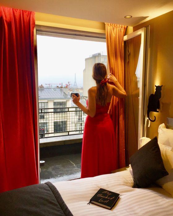 Hotel con vistas a la Torre Eiffel en Paris