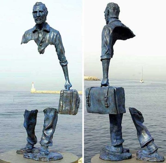 Immigrant sculpture - Bruno Catalano