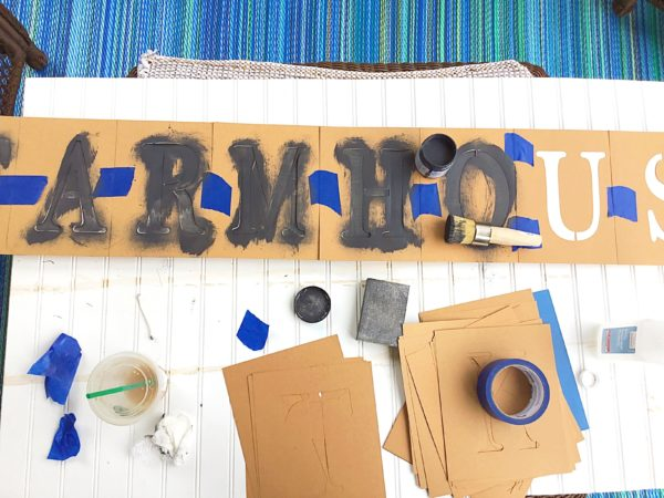 stencil-farmhouse-sign
