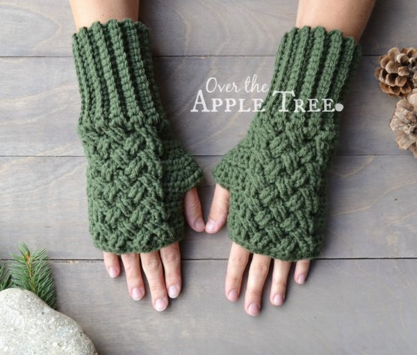 Crochet-hand-gloves