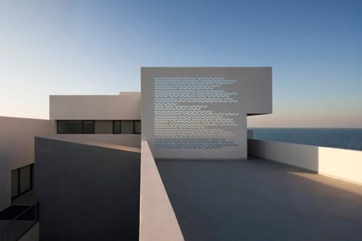 diango-hernandez-beach-residences-in-kuwait