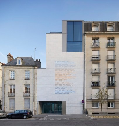 musee-darts-nantes-stanton-williams-architecture-cultural-museums-france_dezeen_2364_col_49-852x901