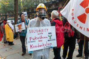 london protest for koodankulam