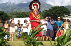 In Tahiti, traditional priest Raymond Graffe inaugurates a memorial to nuclear survivors in French Polynesia and across the Pacific. Nic Maclellan